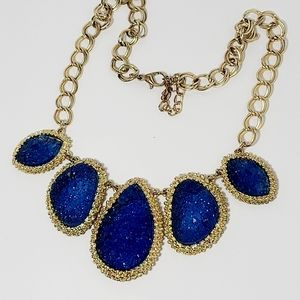 Fine Statement ecklace, blue and gold chain